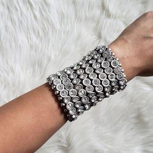 Jewelry - Stunning Crystal Wide Stretch Bracelet!